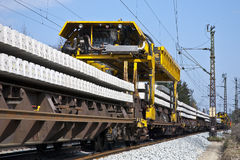 Spoor-bouw trein stock foto
