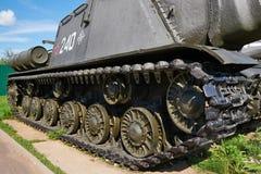 Spoor van Sovjet zware tank su-152 Royalty-vrije Stock Foto's