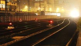 Spoorweg bij nacht royalty-vrije stock foto's