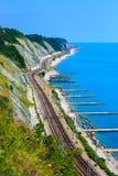 Spoorweg die tot Sotchi leiden royalty-vrije stock foto's
