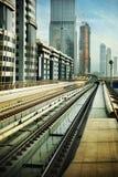 Spoorweg in Doubai stock afbeelding