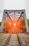 Spoorweg op een brug, zachte nadruk Royalty-vrije Stock Fotografie