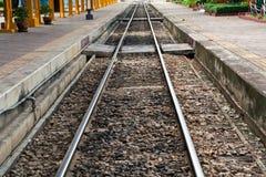 Spoorweg in Thailand. Royalty-vrije Stock Foto