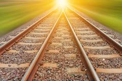 Spoorweg voor vervoer met motieonduidelijk beeld, vervoerspoorweg Royalty-vrije Stock Foto's