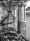 Spoorwegbrug op rivier Theems Royalty-vrije Stock Foto's