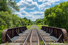 Spoorwegen op een brug - Canadese Nationale Spoorweg Royalty-vrije Stock Fotografie