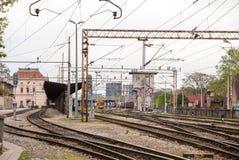 Spoorwegen van de Belangrijkste Post van Zagreb - Kroatië. Gebouwen in Royalty-vrije Stock Foto