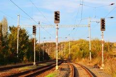 Spoorwegsporen en infrastructuur Stock Foto's