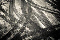 Sporen in de sneeuw Royalty-vrije Stock Afbeeldingen