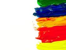 Sporen kleurrijke borstel op een wit blad van document Stock Afbeeldingen