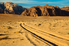 Sporen in zand Stock Foto
