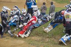 Sporsmeny racers som väntar för att starta Fotografering för Bildbyråer