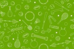 Sport-Ausrüstungsmuster Satz bunte Sportbälle und Spieleinzelteile an einem grünen Hintergrund Thema von Eignung, Sport Lizenzfreie Stockfotografie