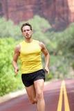 Sport - biega sprawność fizyczna mężczyzna Obrazy Royalty Free