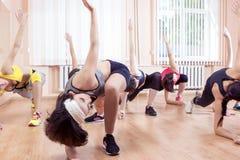 Sport, concepts sains s'exerçants de mode de vie d'anf Groupe de Caucasi Images libres de droits