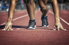 sport Coureur méconnaissable sur commencer Photo libre de droits