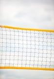 Sport d'été de volleyball Filet sur une plage sablonneuse Photos libres de droits