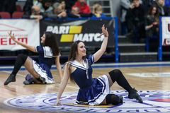 Sport de basket-ball en Ukraine, les moments actifs d'un jeu Photographie stock