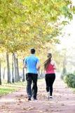 Sport de couples de coureurs photographie stock