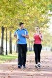 Sport de couples de coureurs photo stock