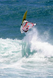 Sport di azione che Windsurfing Fotografie Stock Libere da Diritti