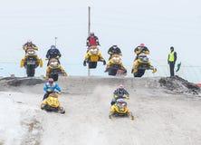 Sport di massa che corre sui gatti delle nevi Fotografia Stock Libera da Diritti