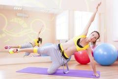 Sport-, Eignungs-, Wellness-und Lebensstil-Konzepte Kaukasisches sexy Lizenzfreie Stockfotos