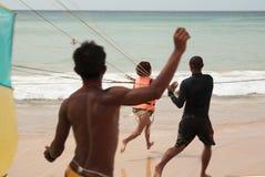 Sport estremi di Parasailing sulla spiaggia A in secondo luogo prima del decollo Immagini Stock