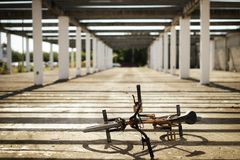Sport estremo sulla bici di BMX Fotografie Stock