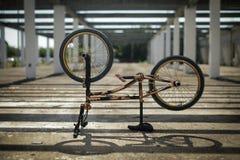 Sport estremo sulla bici di BMX Immagine Stock