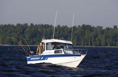 Sport-Fishing See Champlain vor Valcour Insel Stockfotos