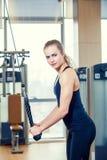 Sport, fitness, levensstijl en mensenconcept - Stock Foto's