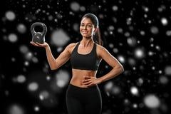 sport Kobieta sporta ciała silny i piękny zimy pojęcie z zdjęcie stock