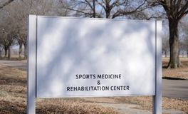 Sport-Medizin und Rehabilitationszentrum Stockfotografie