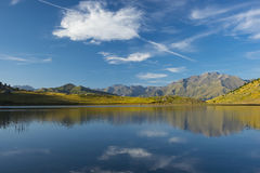 Sport mountain, lake Piedrafita, Huesca Pyrenees Royalty Free Stock Photos