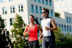 Sport urbani - forma fisica nella città Immagine Stock Libera da Diritti