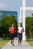 Sport urbani - forma fisica nella città Fotografie Stock