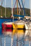 Sporta łódkowaty schronienie na jeziorze Zdjęcie Royalty Free