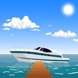 Sporta jacht blisko mola Fotografia Stock