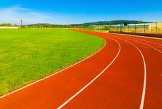 Sporta pole z syntetyczną murawą i różnymi ocechowaniami Zdjęcie Royalty Free