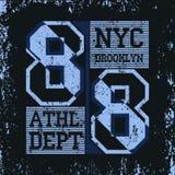 Sportabnutzungs-Typografieemblem New York Brooklyn, T-Shirt Lizenzfreies Stockfoto