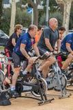 Sportar och vård- dag utomhus i Costa Brava i staden Palamos Roterande grupp 07 04 stad 2018 Palamos i Spanien Royaltyfria Bilder