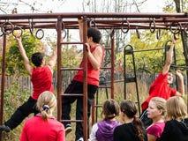 Sportar som utbildar studenter för att resa till ett möte i den Kaluga regionen av Ryssland Arkivfoto