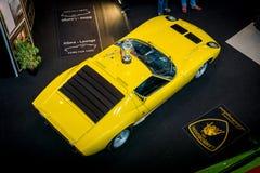 Sportbil Lamborghini Miura P400SV arkivbild