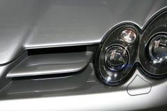 Sportbilen luftar intag royaltyfria foton