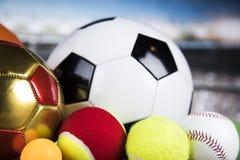 Sportbollar med utrustning Arkivbilder