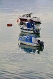 Sportboot am Anker Stockfoto