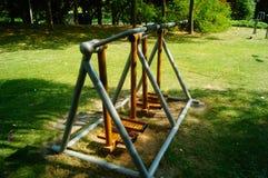 Sportenfaciliteiten, in het communautaire park, voor ingezetenen om fitness de diensten te verlenen royalty-vrije stock afbeeldingen