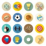 Sportenpictogrammen geplaatst vlak ontwerp met lange schaduw Stock Afbeeldingen