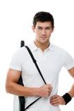 Sportieve mens met zwarte dekking voor tennisracket Stock Afbeeldingen